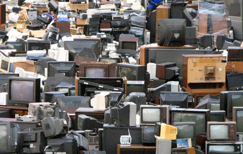 The (il)legal trade in e-waste between Europe and West-Africa